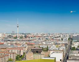 Hubschrauber-Rundflug ueber Berlin