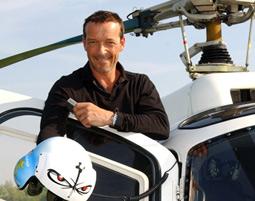 Heli-Flug mit Schauspieler Michael Roll fuer bis zu 4 Personen