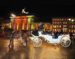 Kutschfahrt durch Berlin bei Nacht fuer 2