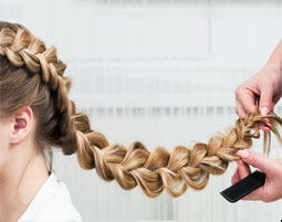 Frisuren & Haar Styling Workshop in Muenchen